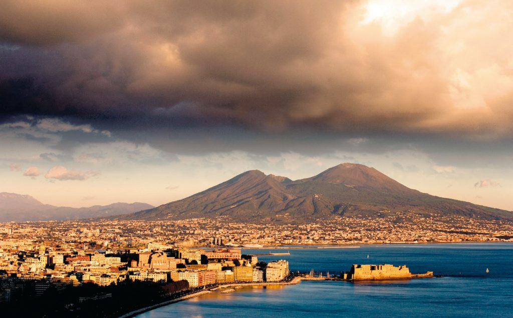 Восхождение на вулкан Везувий — что следует знать перед походом